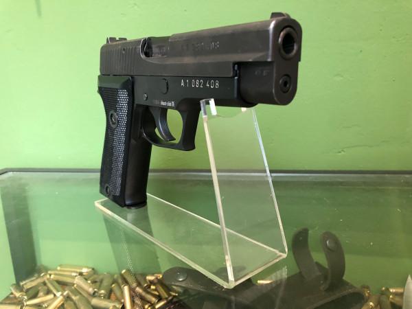 SIG P220 - 9MM LUGER - ZUSTAND 2-3 - INTERESSANTE HISTORIE